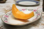 cantalope_on_plate-r_200
