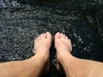 bare_feet_on_wet_rock-r_200