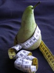 pear_with_measuring_tape-r_200