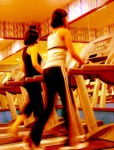 woman_on_electric_treadmill_at_gym-r_200