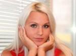 blonde_face-r_200